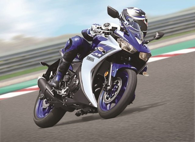 yamaha r3 recall india Yamaha YZF R3 Riding shot 2