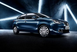 2015-new-maruti-baleno-india-blue-Front 3-4th