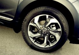 honda-br-v-brio-based-suv-alloys
