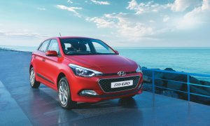 2016-hyundai-elite-i20-official-image-red-front-angle-1