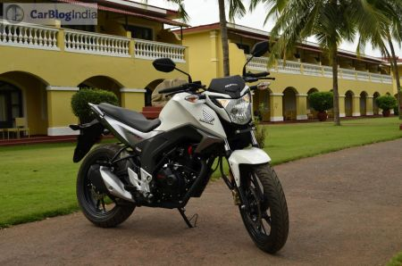 best bike in India under 1 lakh - honda-hornet-160cc-photos-review-0017