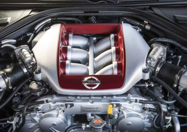 Nissan GT-R India Launch, Price, Specifications, Images 2017-nissan-gt-r-india-official-images-engine
