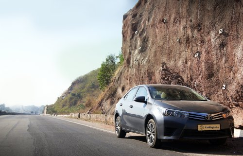 toyota corolla altis diesel test drive review photos front angle