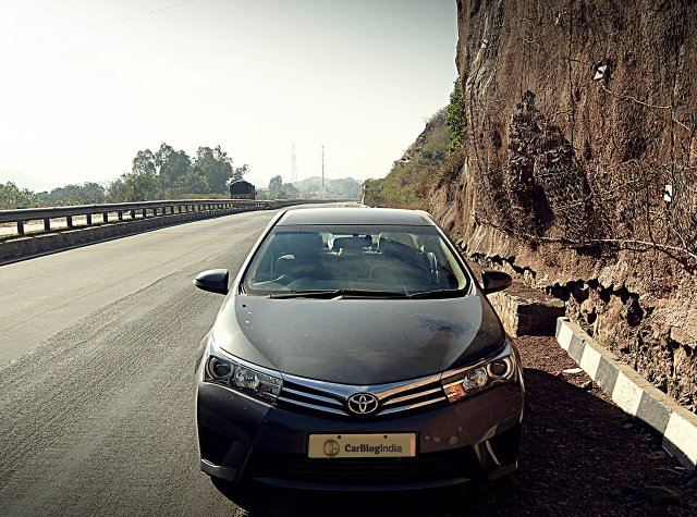 car discounts india 2016 toyota corolla altis