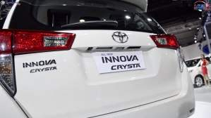 toyota innova crysta rear close
