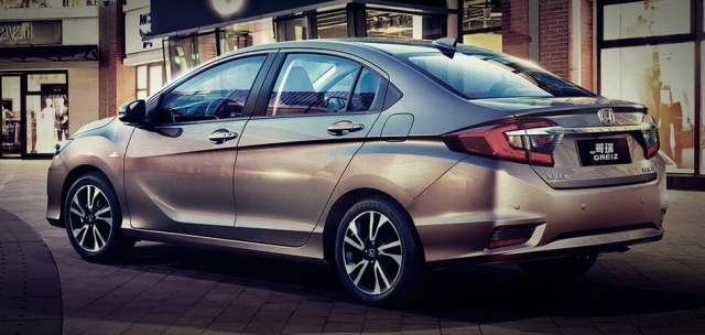 2016 honda city facelift images rear angle