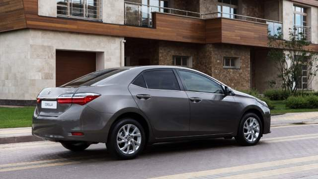 New Toyota Corolla Altis 2017 india