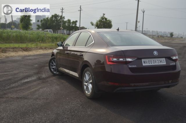 new skoda superb petrol review images