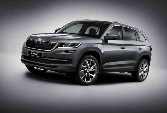 New Upcoming SUV Cars in India 2017-skoda-kodiaq-suv-official-images-front-angle-3