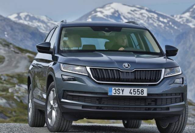 2017-skoda-kodiaq-suv-official-images-front