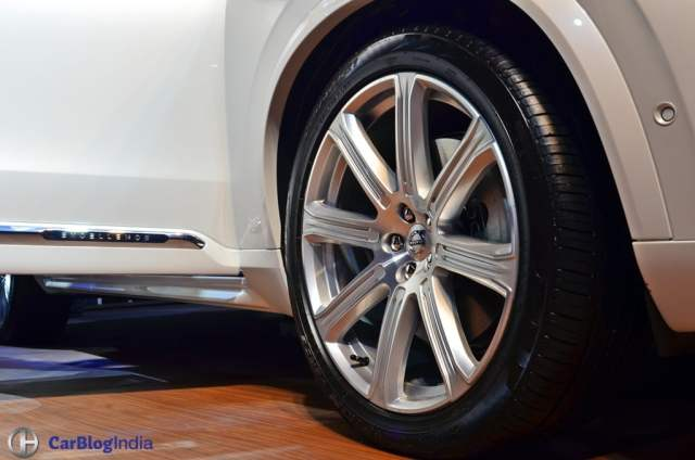 Volvo XC90 T8 Excellence India Price Rs. 1.25 crore, XC90 Hybrid SUV volvo-xc90-t8-india-launch-images-alloys