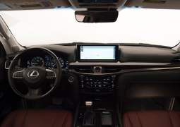 2016-lexus-lx-570-india-official-image-dashboard