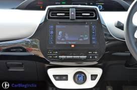 new-toyota-prius-test-drive-review-india-2