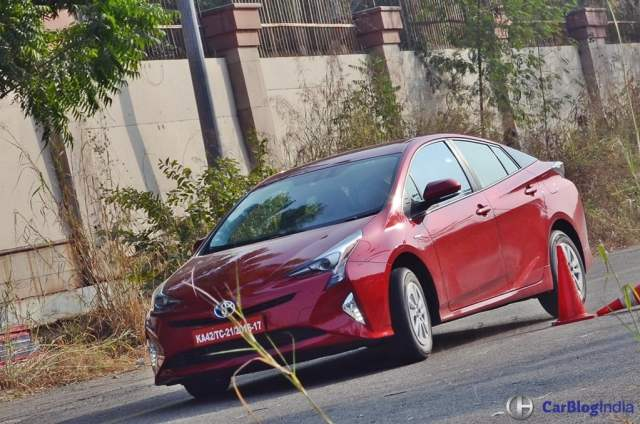 New Toyota Prius Test Drive Review India, Ride, handling, specifications new-toyota-prius-test-drive-review-india-3