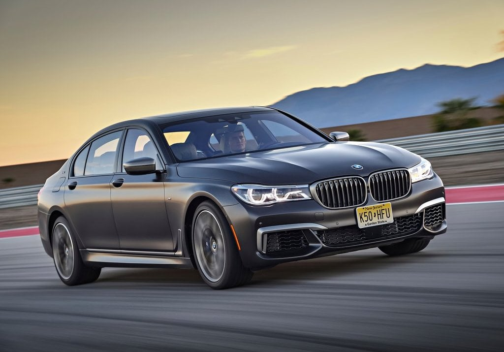 bmw m760li xdrive india price specifications features. Black Bedroom Furniture Sets. Home Design Ideas