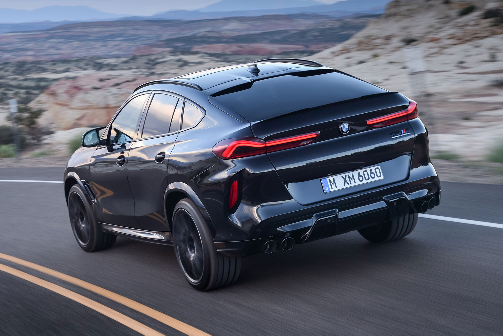 Bmw X6m Competition Car Body Design