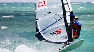 Maui Race Series – Carbon Art gets 4 titles