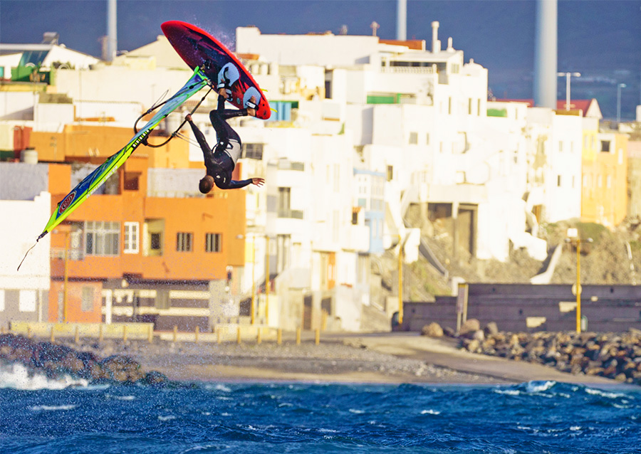 omar sanchez windsurfing pozo canary islands
