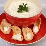 Fat Fast Pork Rinds and Sour Cream Recipe