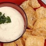 Fat Fast Pork Rinds with Sour Cream Dip Recipe