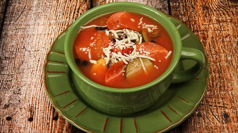 Low-Carb Pepperoni Pizza Soup Recipe