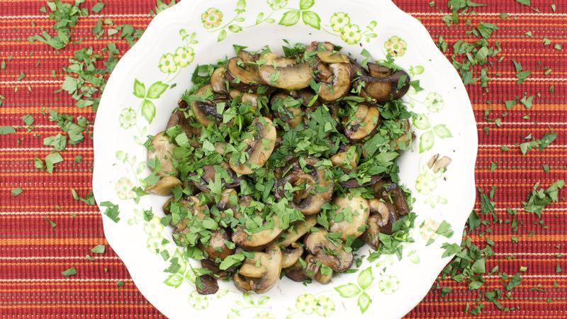 Mushrooms With Garlic & Parsley Recipe