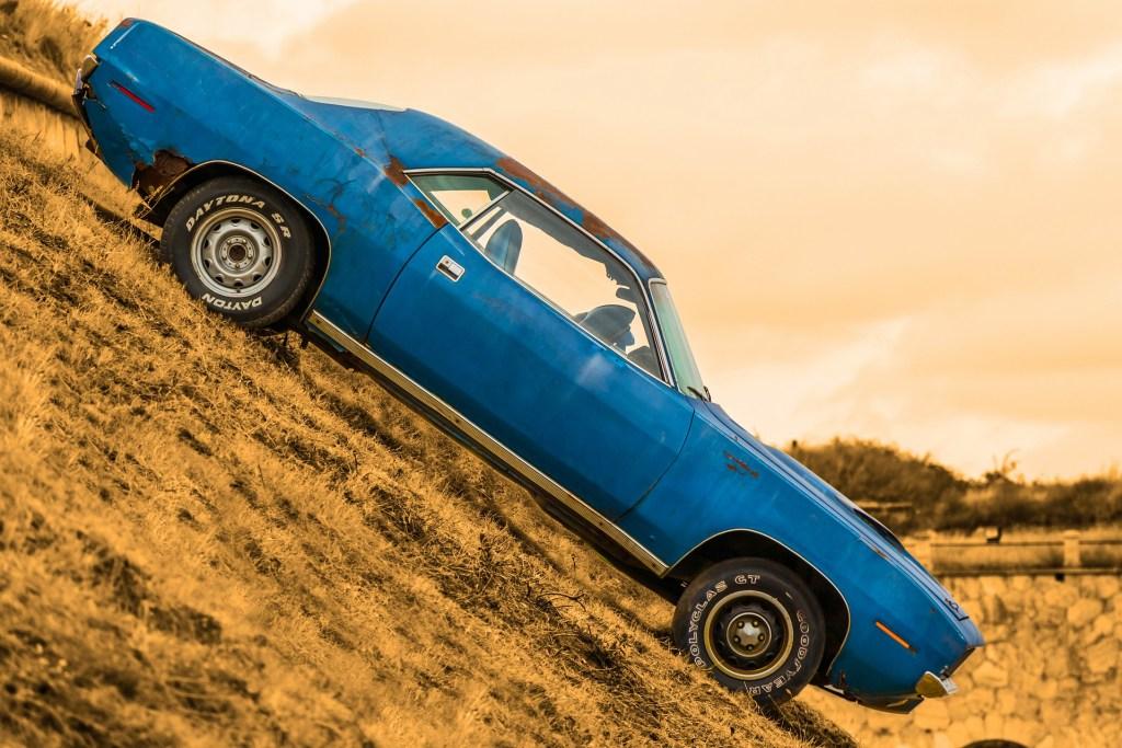 car-172905_1920