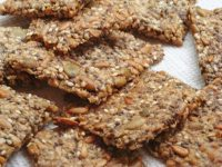 NUT AND SEED CRISPBREAD