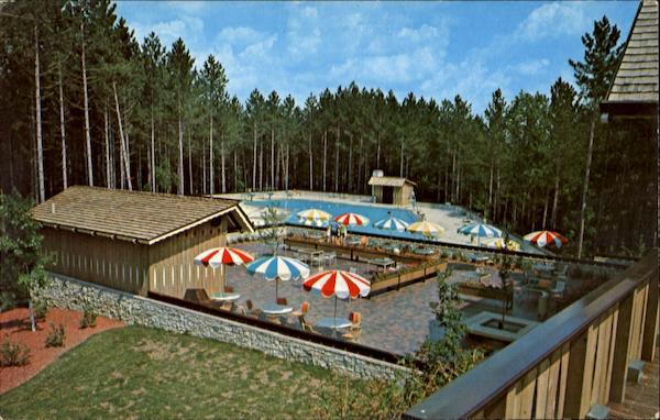 Terrace Snack Bar Amp Swimming Pool At Hocking Hills Lodge