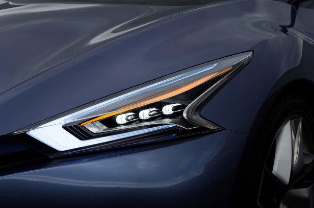 Nissan-Friend-ME-Concept-Headlight