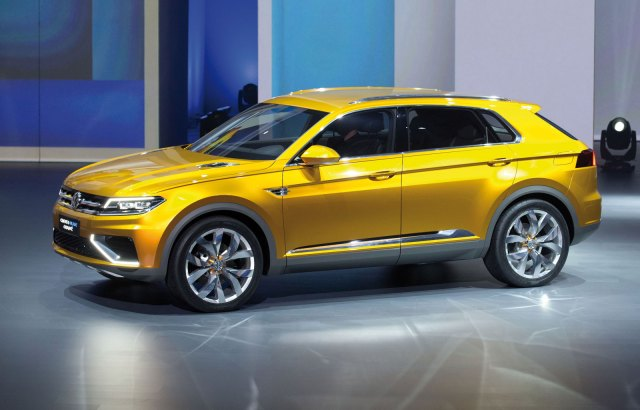Volkswagen-CrossBlue-Coupe-Concept-at-the-2013-Shanghai-Show