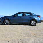 2016_Mazda_Mazda3_002