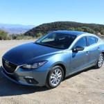 2016_Mazda_Mazda3_033