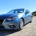 2016_Mazda_Mazda3_034