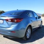 2016_Mazda_Mazda3_044