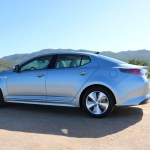 2016_Kia_Optima_Eco-Hybrid_016