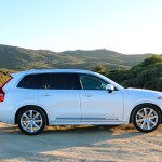 2016_Volvo_XC90_T8_Inscription_026