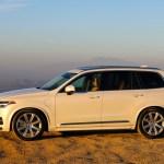 2016_Volvo_XC90_T8_Inscription_053