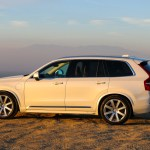 2016_Volvo_XC90_T8_Inscription_073