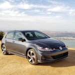 2018_VW_Golf_GTI_008