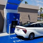2018_Toyota Mirai_Fuel_Cell_011