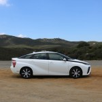 2018_Toyota Mirai_Fuel_Cell_025