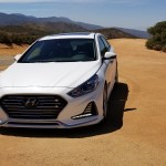 2018_Hyundai_Sonata_Hybrid_004