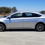 2018_Toyota_Avalon_Hybrid_001