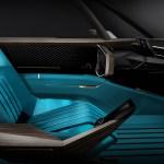 2018_Peugeot)e-LEGEND_Concept_095