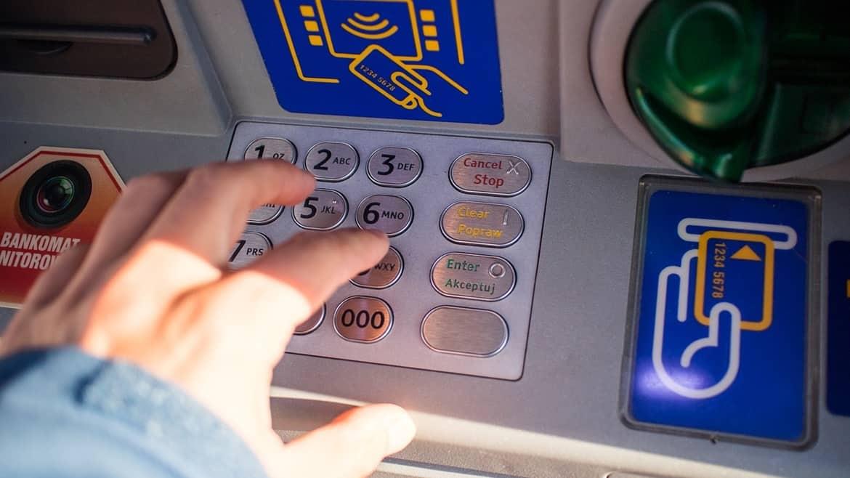 สมัครบัตรกดเงินสด อนุมัติรวดเร็วทันใจ