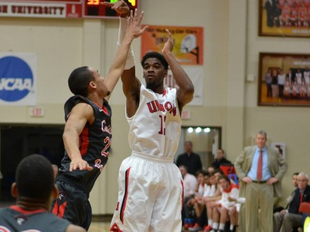 Marterrace Brock, junior sports management major, led the Bulldogs with 20 points in their win against CBU. Submitted photo.