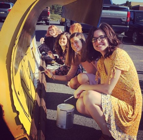 DCC Art Students Participate in Paint the Plow Competition