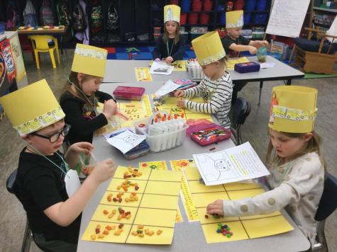 DCC Kindergarten Practices Counting on the 100th Day of School