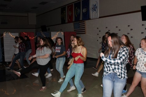 """DCC Annual Welcome Dance Was """"Lit""""!"""